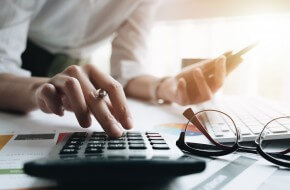3 CONSIDERATIONS BEFORE STARTING YOUR OWN ACCOUNTANCY FIRM